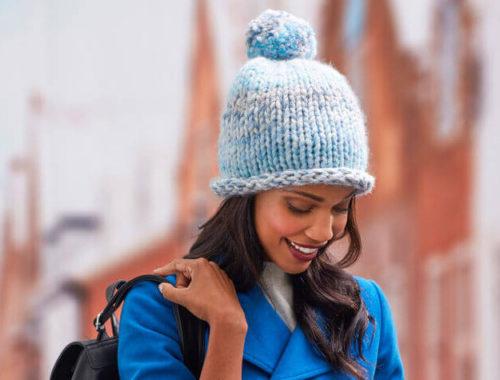 женская шапка из толстой пряжи