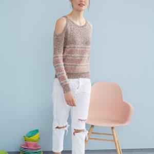 вязаный пуловер с открытыми плечами