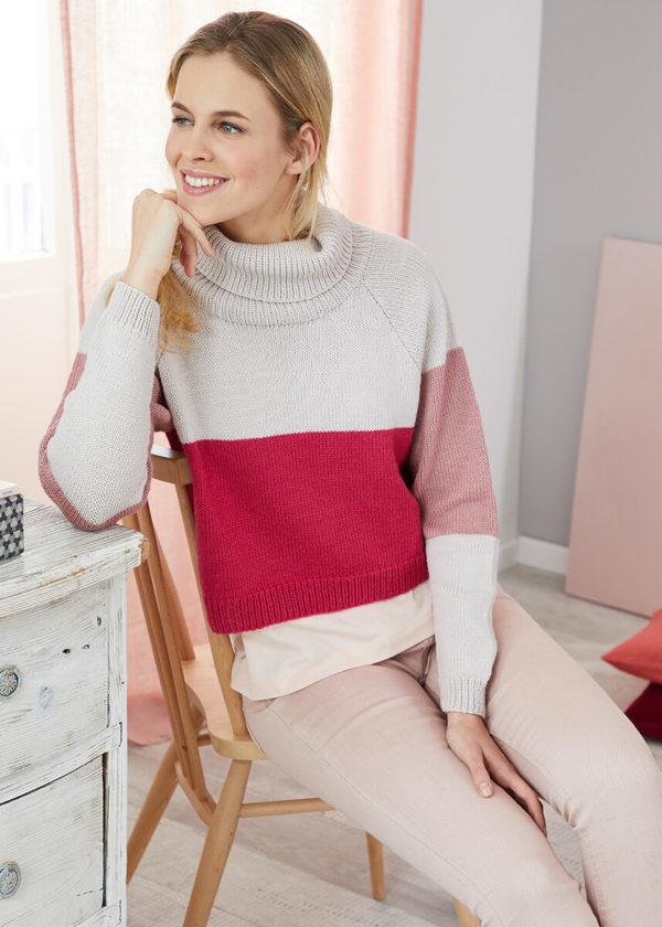 укороченный свитер с высоким воротом