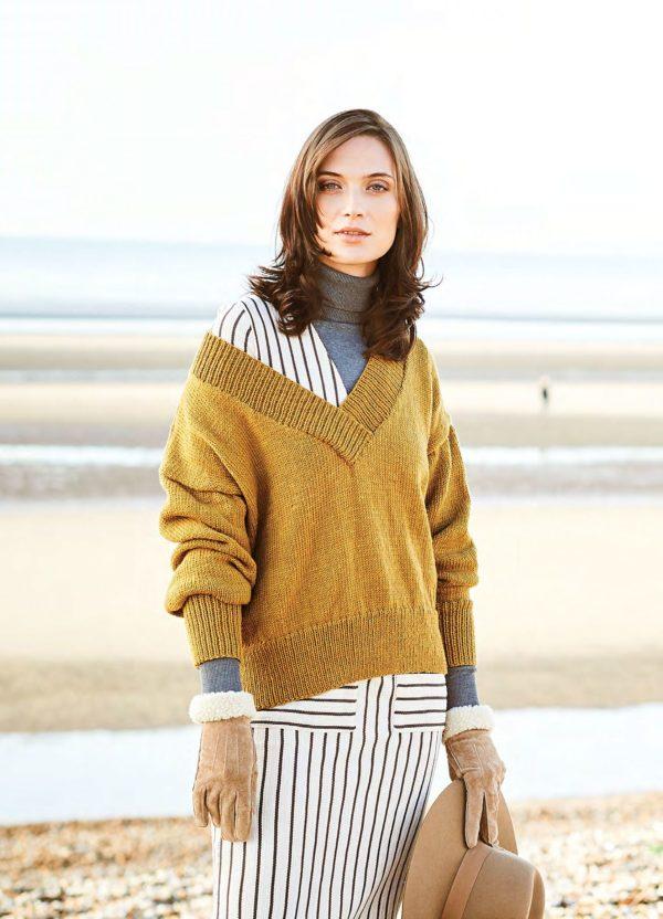 свитер с в горловиной спицами