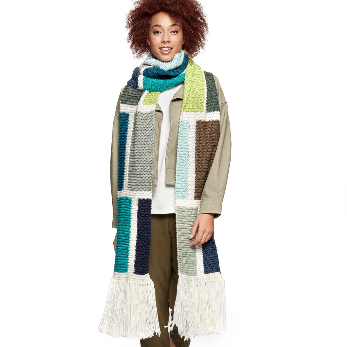 модный шарф цветной