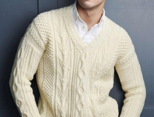 вязаный свитер с аранами