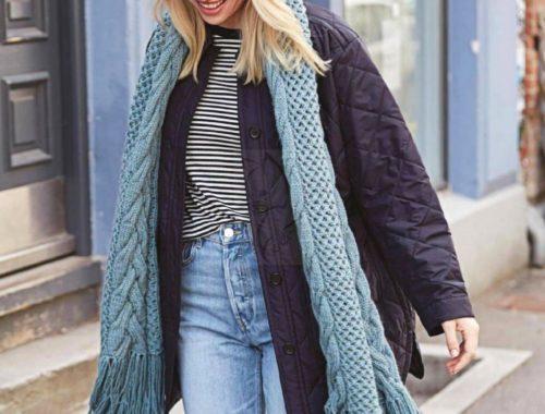 модный шарф с косами