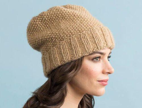 женская шапка жемчужным узором